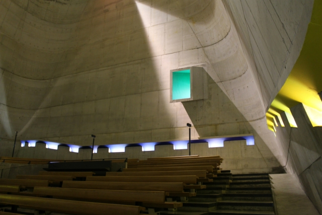 Eglise Le Corbusier 2